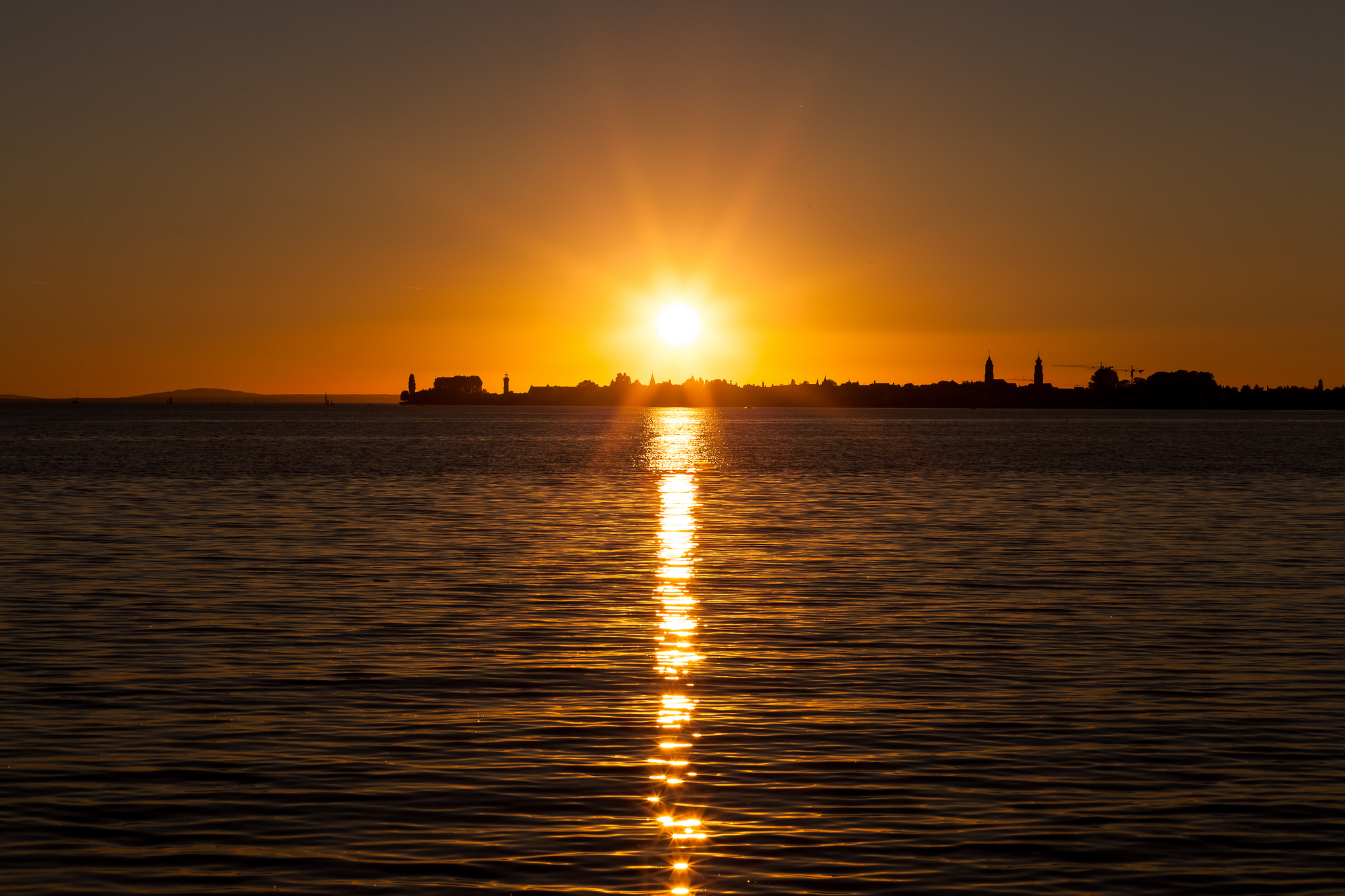 """""""A sunset is the sun's fiery kiss to the night."""""""